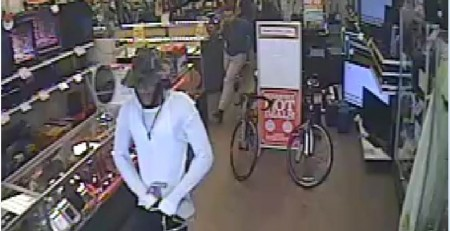 Suspect Steals Thousands of Dollars in Jewelry from Value Pawn & Jewelry.