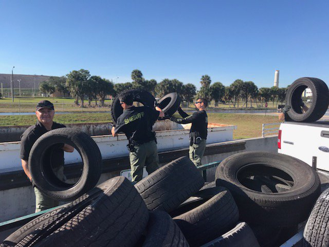 Tire clean-up